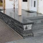 eingang_natursteinmauer_treppe