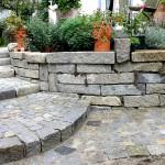 natursteinmauer_gartenweg